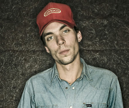 Justin Townes Earle Cancels Tour, Checks Into Rehab
