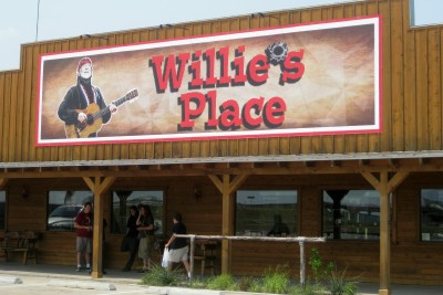 The Closing of Willie's Place & Carl's Corner