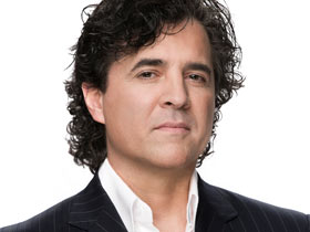 "Scott Borchetta Selectively Forgets ""American Idol"" Sentiments"