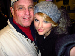Did Taylor Swift's Dad Buy Her Career? | Saving Country Music