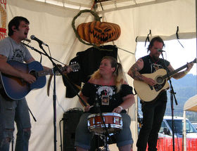 Graham and Tina Lindsey, James Hunnicutt