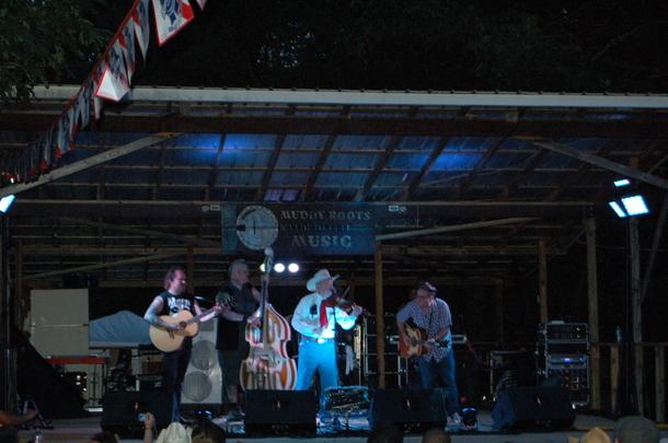 Don Maddox Muddy Roots Saving Country Music