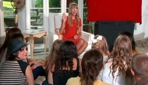 taylor-swift-red-press-conference