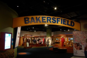 country-music-hall-of-fame-baksersfield-sound