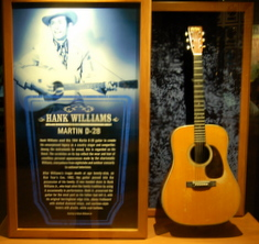hank-williams-d28-guitar-country-music-hall-of-fame