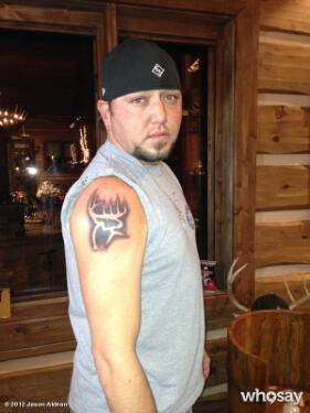 jason-aldean-buck-commander-tattoo