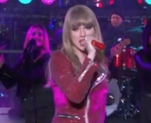 Taylor Swift Delivers Off-Key Performance on New Year's Eve