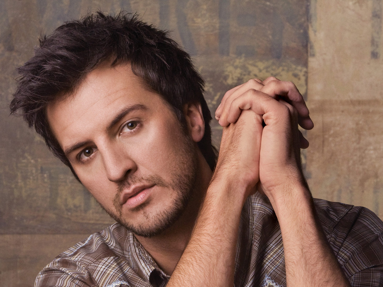Luke Bryan Is New Female Co-Host of ACM Awards