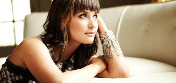 The Great Kacey Musgraves Country Music Experiment
