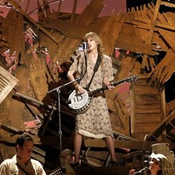 taylor-swift-grammy-2012