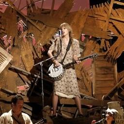 taylor-swift-grammy-2012