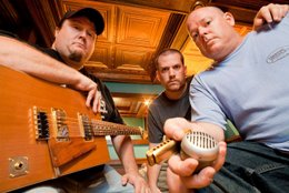 "Blues Review – Ten Foot Polecats ""Undertow"""