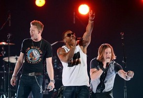 Florida Georgia Line w/ Nelly at the 2012 ACM Awards (photoEthan Miller/Getty Images)
