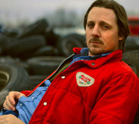 "Sturgill Simpson Goes Godzillabilly In ""Railroad of Sin"" (Video Premier)"
