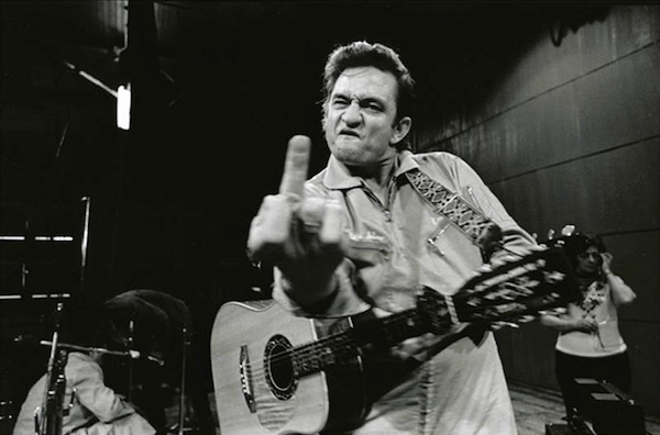 johnny-cash-flipping-bird