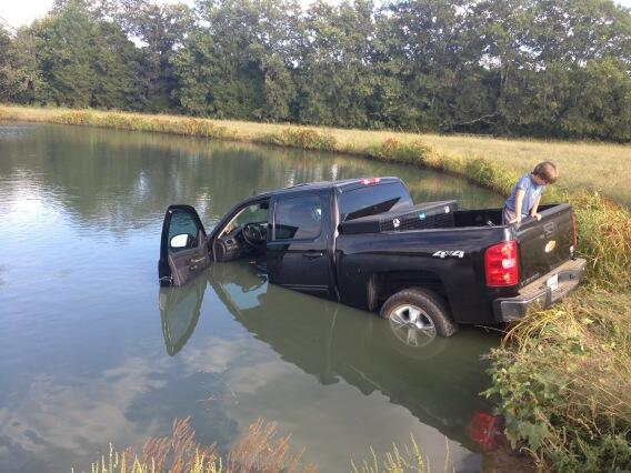luke-bryan-truck-pond-crash