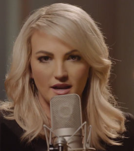 "Jamie Lynn Spears Surprises w/ ""How Could I Want More"""