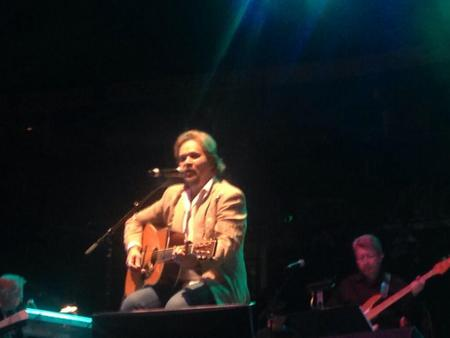 travis-tritt-george-jones-tribute