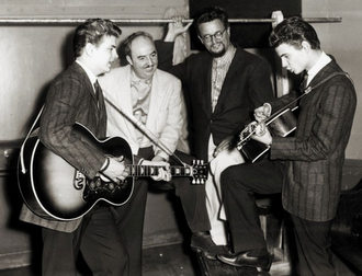 The Everly Brothers with Wesley Rose (left) and Boudleaux Bryant (right)