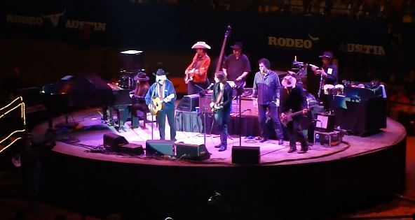 Johnny Depp Joins Willie Nelson on Guitar in Austin