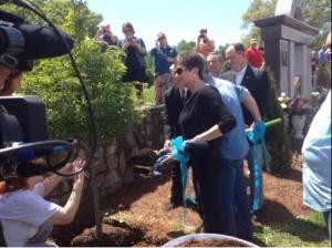 george-jones-dogwood-ceremony