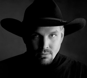 The Garth Brooks Comeback Beset with Stops & Starts