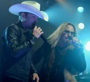 justin-moore-vince-neil-2