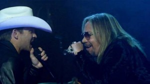 justin-moore-vince-neil-5
