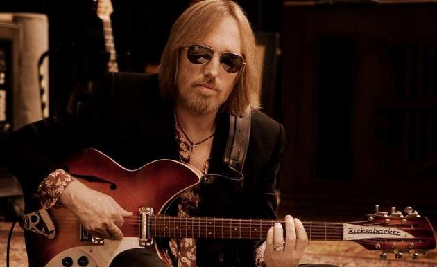 "Tom Petty Is Critical of ""Game Show"" Stars, & ""Plastic Computer"" Music"