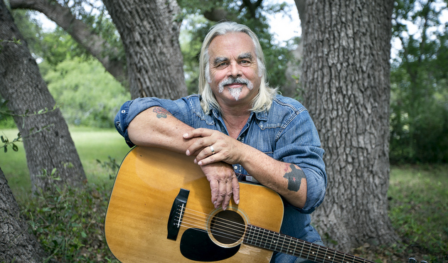 "Hal Ketchum To Return After 6 Year Absence with ""I'm The Troubadour"""