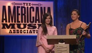 kacey-musgraves-angeleena-presley-americana-music-awards