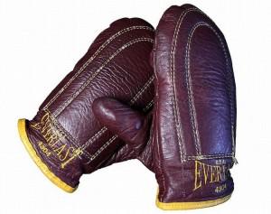 muhammad-ali-gloves-waylon-jennings