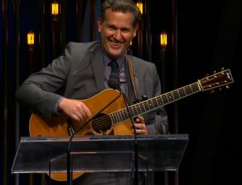 bryan-sutton-ibma-2014-guitar