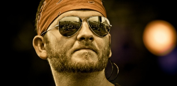 "Album Review – Stoney LaRue's ""Aviator"""