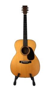 waylon-jennings-guitar-1943-martin-00021