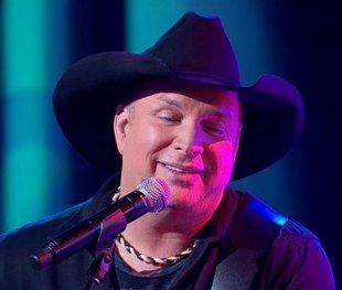 "Song Review – ""Mom"" by Garth Brooks"