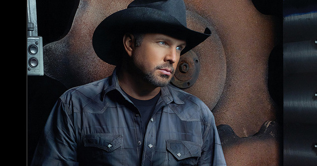 Garth Brooks Addresses the Waylon Jennings Feud