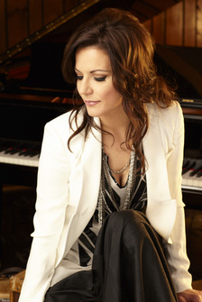 NASH Icon Signs Martina McBride / Still Mum on Ronnie Dunn