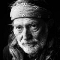 Willie Nelson Hopes Stem Cell Surgery Helps with Continued Lung Issues