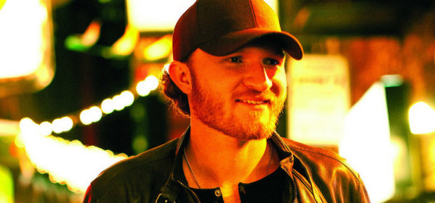"Song Review – Eric Paslay's ""She Don't Love You"""