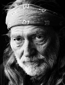 Willie Nelson is Victim of Yet Another Death Hoax of a Death Hoax