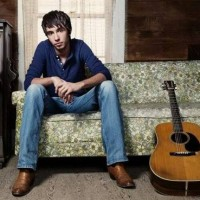 """Song Review – Mo Pitney's """"I Met Merle Haggard Today"""""""