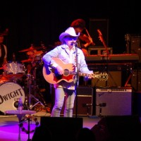 Live Review – Dwight Yoakam at the Britt Pavilion