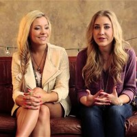 Maddie & Tae Slam The Use of Electronic Drums, Admit to Using Media Trainer Previously