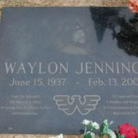 A Visit to the Grave of Waylon Jennings