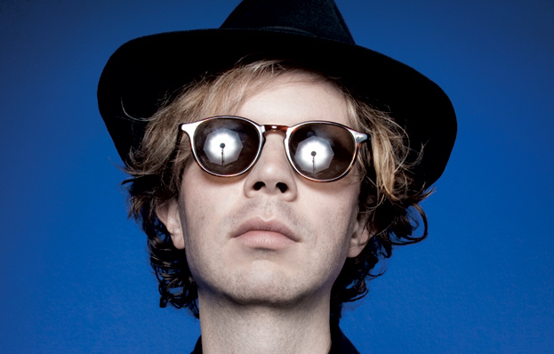 "Beck's 1999 ""Midnite Vultures"" is the Perfect Foil to Today's R&B/EDM Country Craze (Vintage Review)"