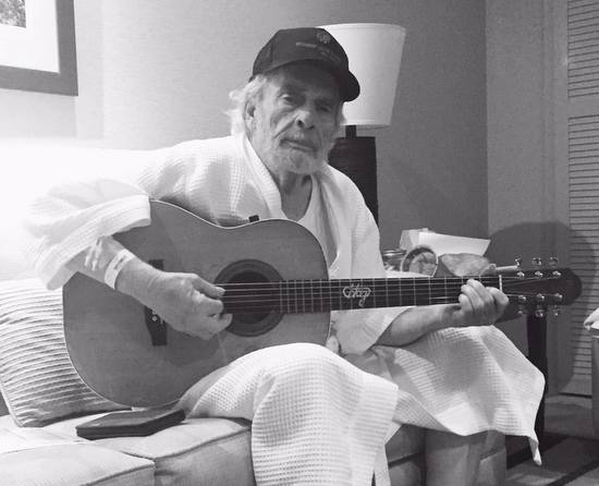 "Merle Haggard Says He Was ""Nearly Dead"" in Pneumonia Scare"