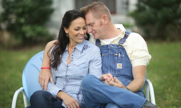 Joey Feek of the Country Duo Joey + Rory Has Died