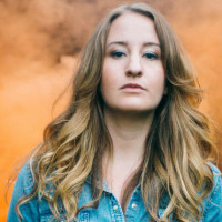 "Margo Price Wins the American Music Prize for ""Midwest Farmers Daughter"""