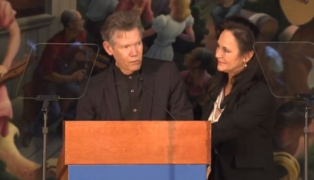 Randy Travis Announced As Newest Inductee to the Country Music Hall of Fame